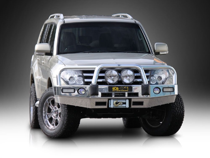 Big Tube Bar® Winch Compatible with Bumper Lights (code: EAM105SY)