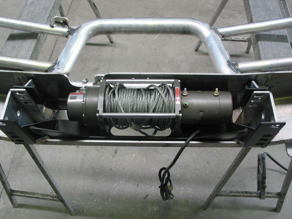 TOYOTA LANDCRUISER 80 SERIES 9,000lb Winch Mounting Kit (05/90 to 03/98)